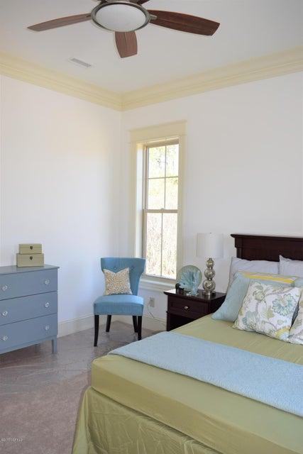 St James Real Estate - http://cdn.resize.sparkplatform.com/ncr/1024x768/true/20170413165015166004000000-o.jpg