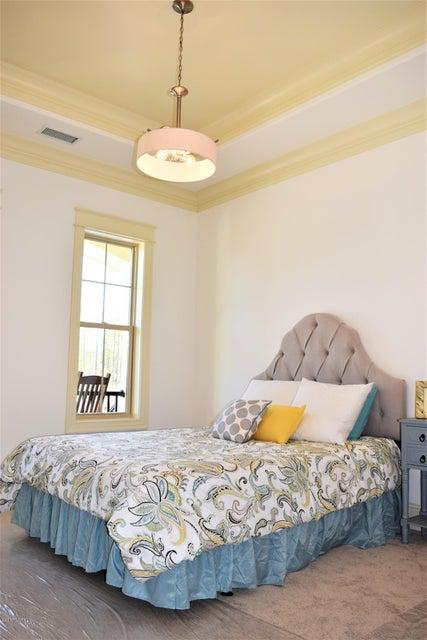 St James Real Estate - http://cdn.resize.sparkplatform.com/ncr/1024x768/true/20170413165233379659000000-o.jpg
