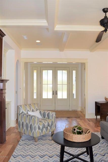 St James Real Estate - http://cdn.resize.sparkplatform.com/ncr/1024x768/true/20170413193303661779000000-o.jpg