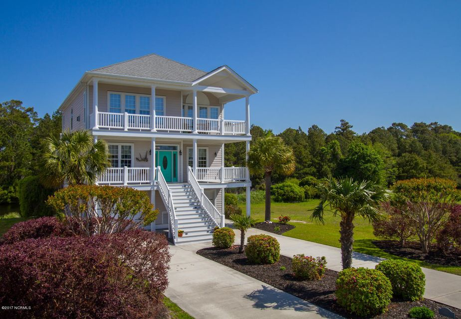 2820  Harborside Way Southport, NC 28461