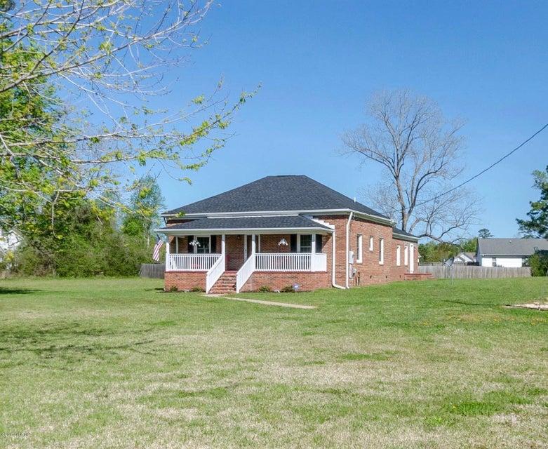 2300 Dawson Cabin Road, Jacksonville, NC 28540