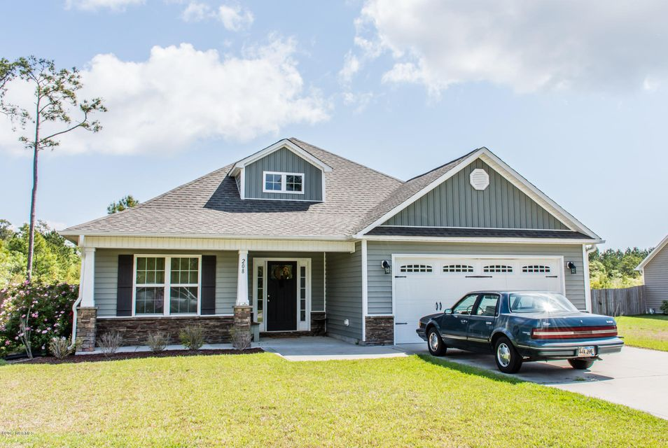 208 Marsh Haven Drive, Sneads Ferry, NC 28460
