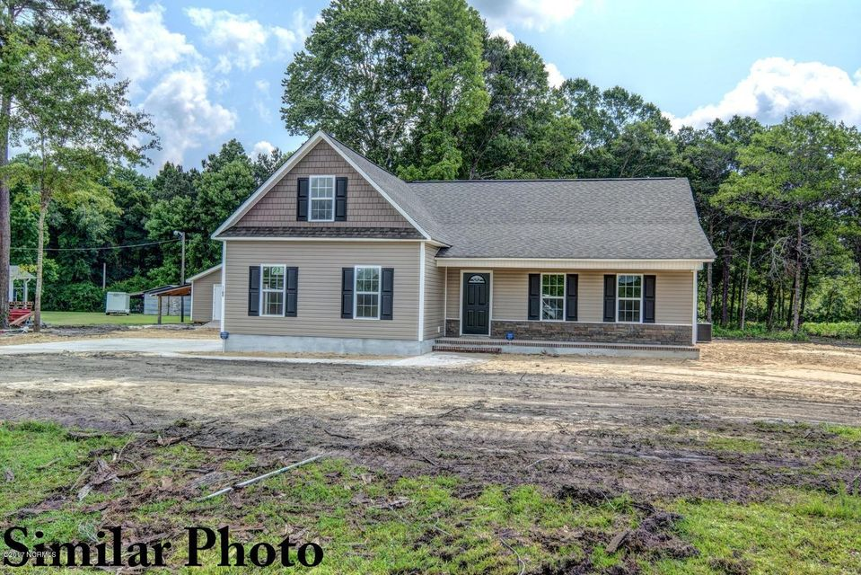 121 Bellchase Drive, Jacksonville, NC 28540