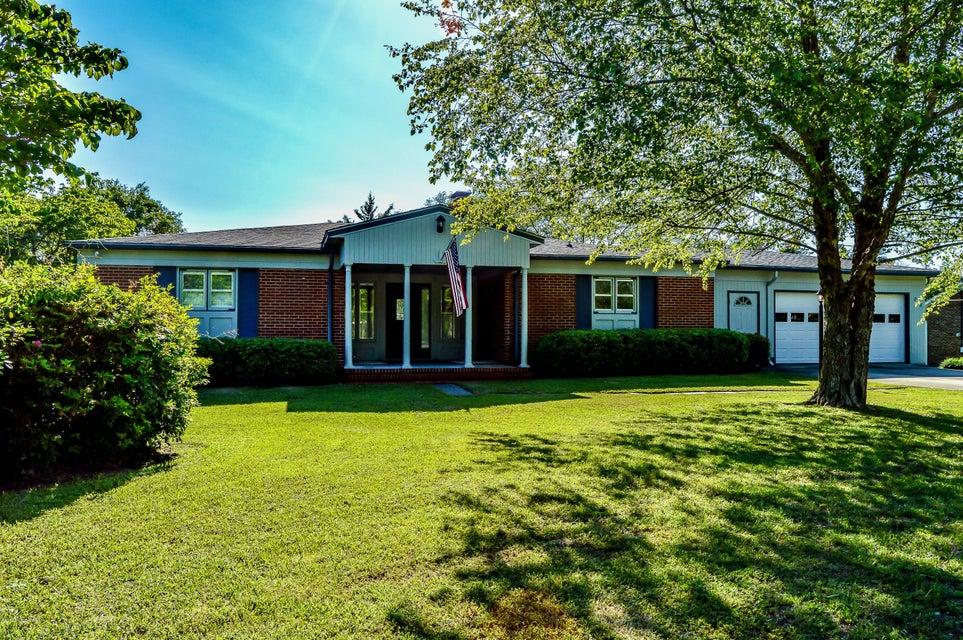 208 Knox Drive, Morehead City, NC 28557