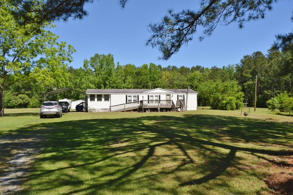 588 Rivenbark Road, Currie, NC 28435
