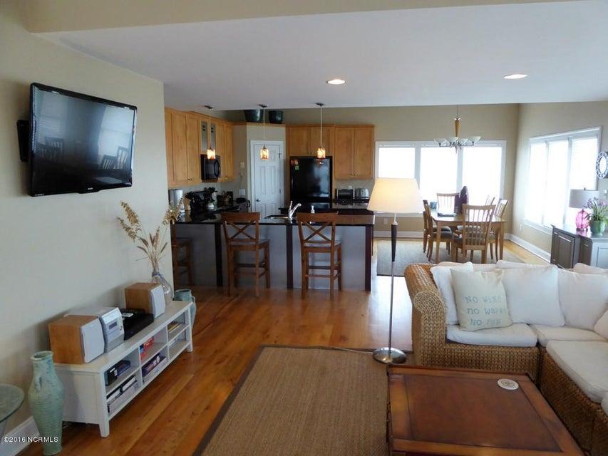 BHI (Bald Head Island) Real Estate - http://cdn.resize.sparkplatform.com/ncr/1024x768/true/20170504114429967405000000-o.jpg