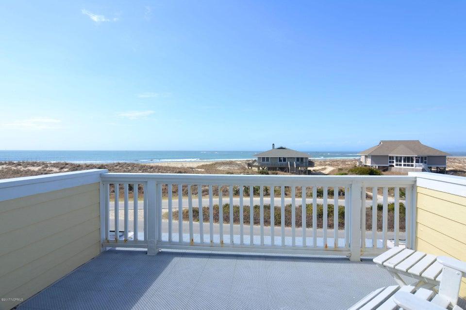 BHI (Bald Head Island) Real Estate - http://cdn.resize.sparkplatform.com/ncr/1024x768/true/20170504114433246278000000-o.jpg