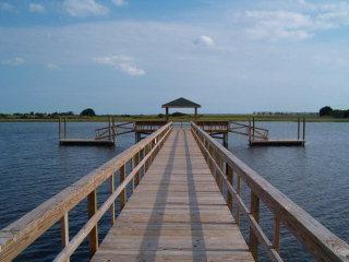 Waterway Landing SB Real Estate - http://cdn.resize.sparkplatform.com/ncr/1024x768/true/20170504140206197740000000-o.jpg