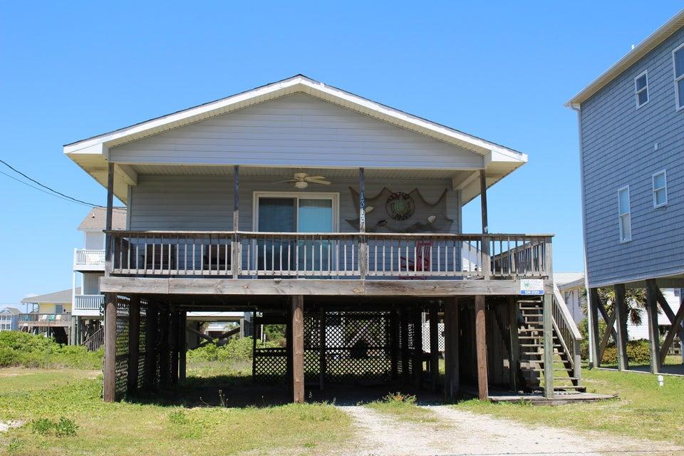 1313 N Topsail Drive 1313, Surf City, NC 28445
