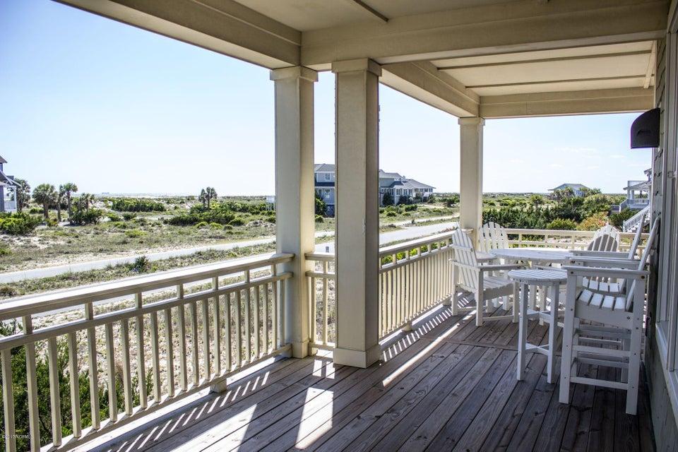 BHI (Bald Head Island) Real Estate - http://cdn.resize.sparkplatform.com/ncr/1024x768/true/20170509191135232855000000-o.jpg