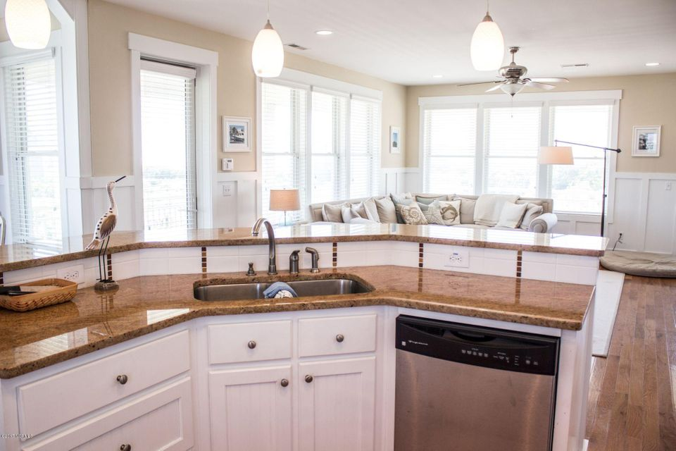 BHI (Bald Head Island) Real Estate - http://cdn.resize.sparkplatform.com/ncr/1024x768/true/20170509191211420495000000-o.jpg