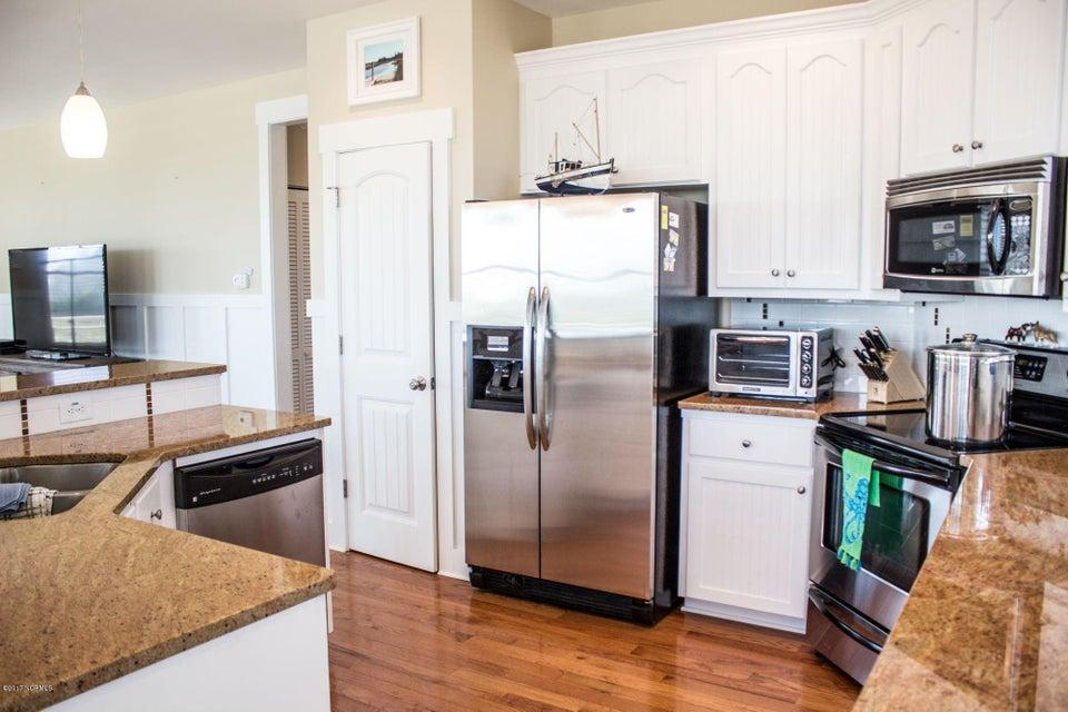 BHI (Bald Head Island) Real Estate - http://cdn.resize.sparkplatform.com/ncr/1024x768/true/20170509191213094559000000-o.jpg