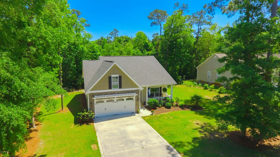 1407 Chadwick Shores Drive, Sneads Ferry, NC 28460