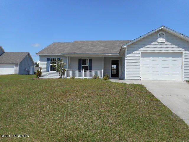 300 Rolling Meadow Court, Richlands, NC 28574