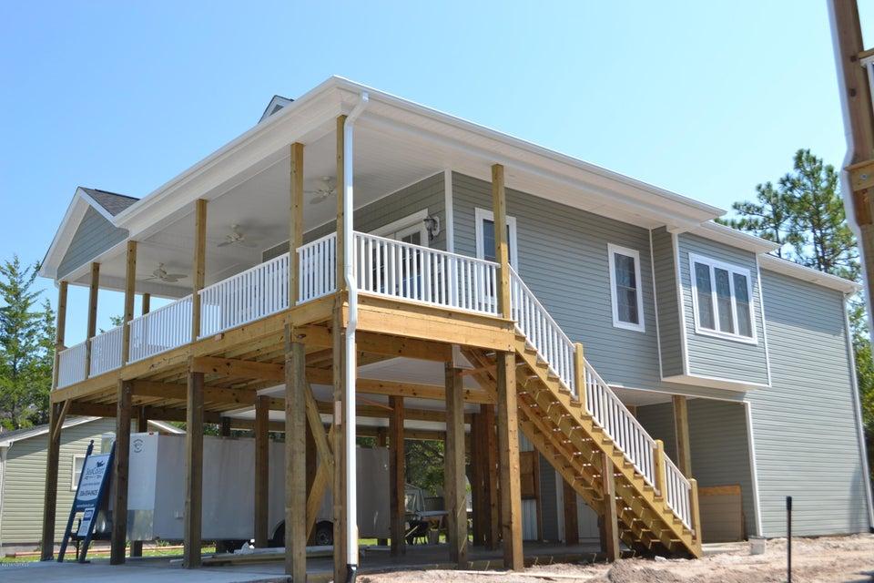 1003 W Oak Island Drive Oak Island, NC 28465