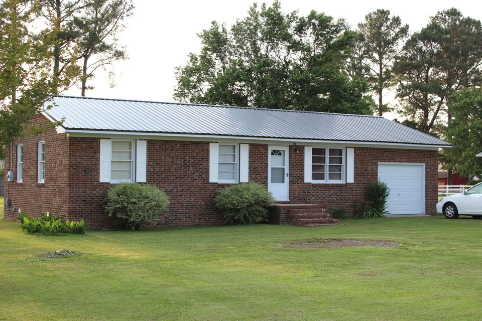 122 Turtle Shell Road, Richlands, NC 28574