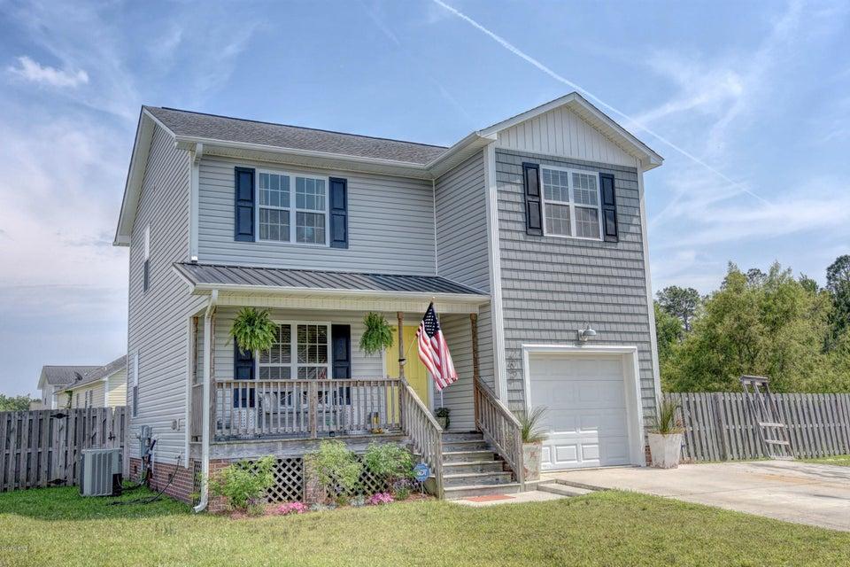 209 Oak Ridge Lane, Holly Ridge, NC 28445