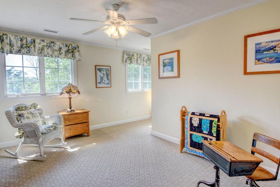 Lockwood Folly Real Estate - http://cdn.resize.sparkplatform.com/ncr/1024x768/true/20170512161043909948000000-o.jpg