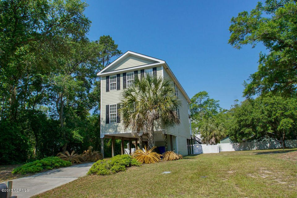 103 SW 29TH Street Oak Island, NC 28465