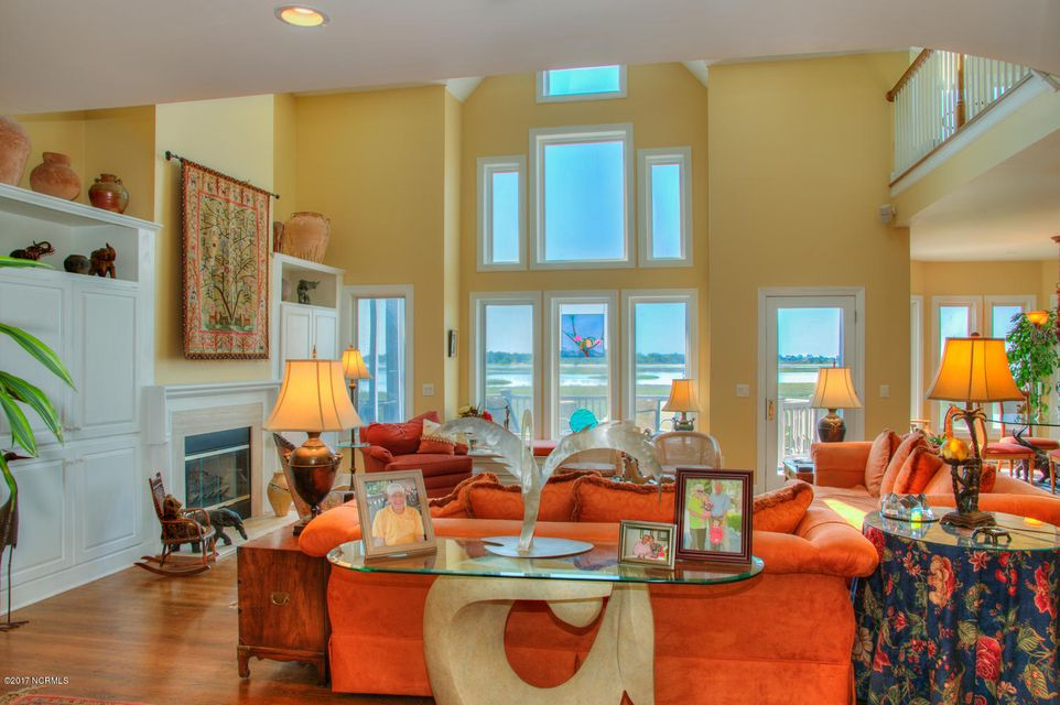 Lockwood Folly Real Estate - http://cdn.resize.sparkplatform.com/ncr/1024x768/true/20170512200130026849000000-o.jpg