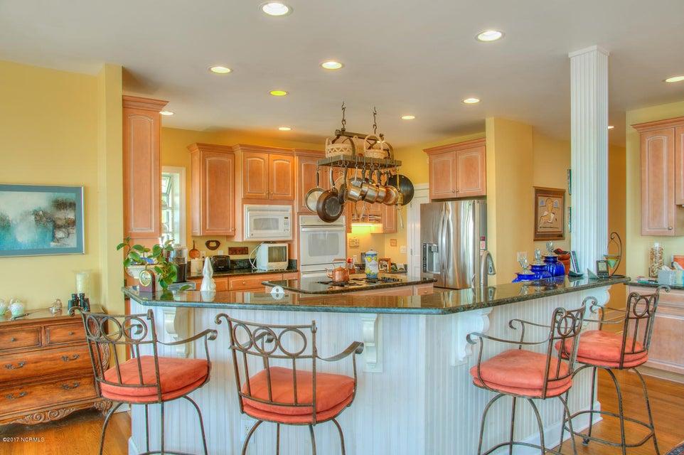 Lockwood Folly Real Estate - http://cdn.resize.sparkplatform.com/ncr/1024x768/true/20170512200150548271000000-o.jpg