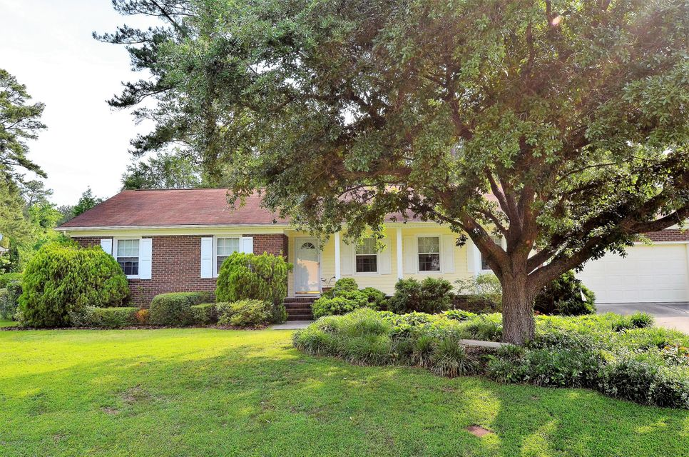 1014 Pine Valley Road, Jacksonville, NC 28546