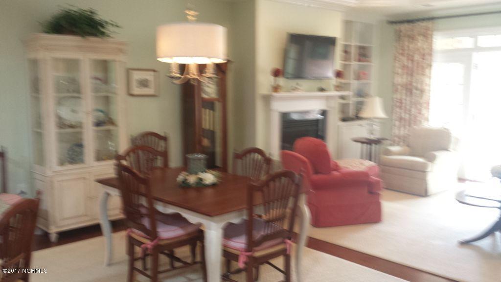 Brunswick Forest Real Estate - http://cdn.resize.sparkplatform.com/ncr/1024x768/true/20170515180746590000000000-o.jpg