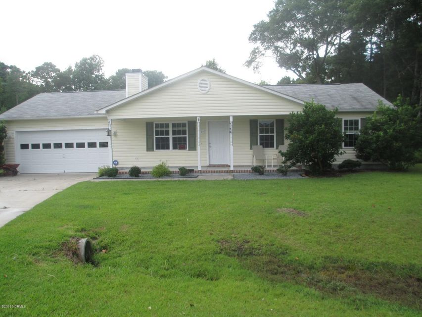 215 Finishing Lane, Sneads Ferry, NC 28460