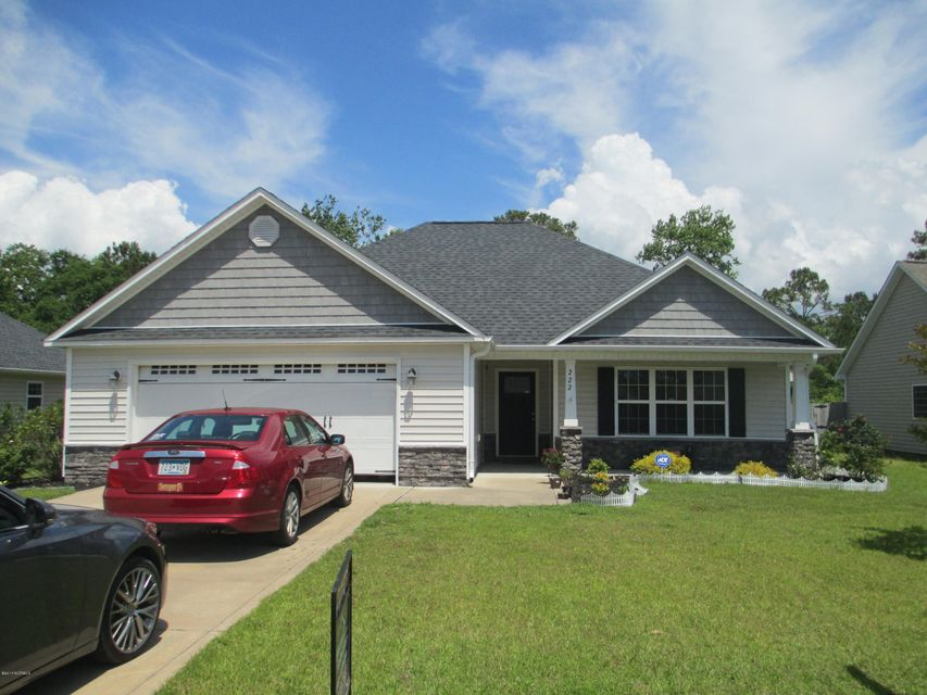 222 Marsh Haven Drive, Sneads Ferry, NC 28460