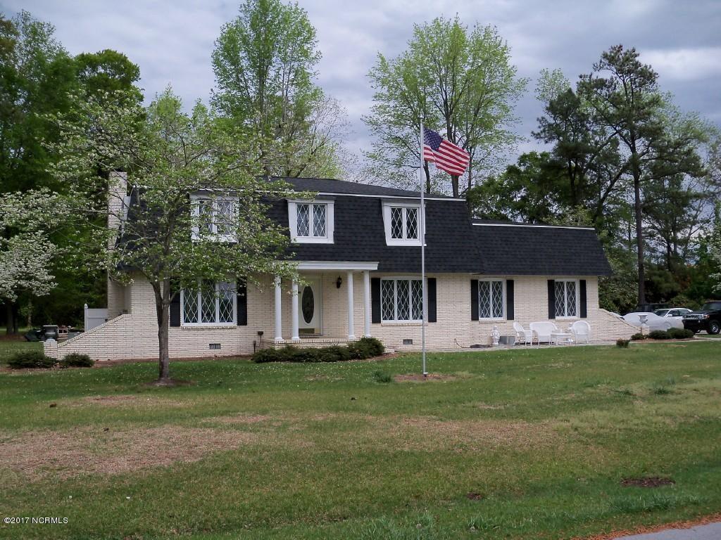 105 Hardy Avenue, Richlands, NC 28574