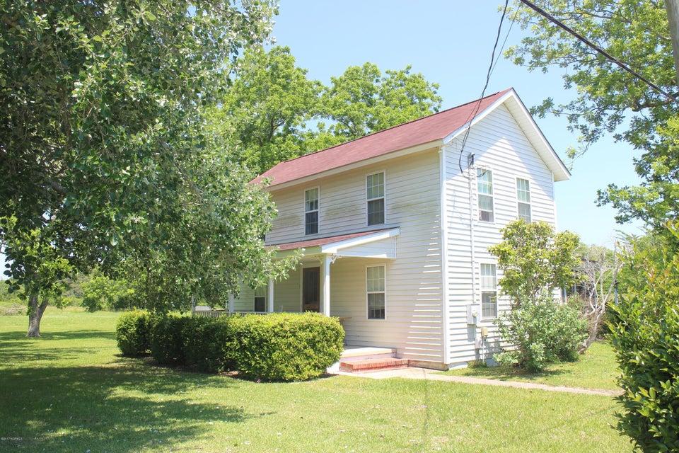 135 Connie Lane, Beaufort, NC 28516