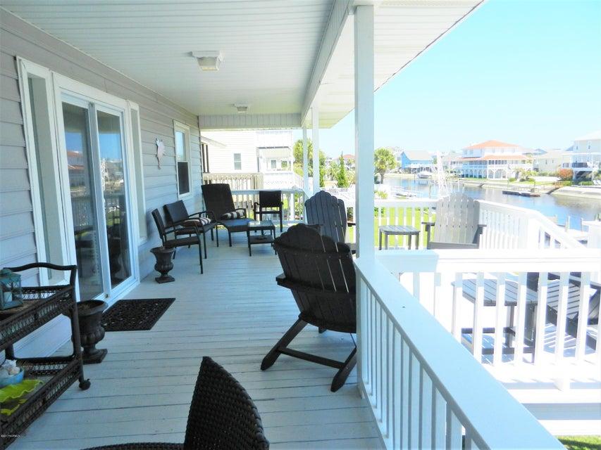 Ocean Isle Beach Island Real Estate - http://cdn.resize.sparkplatform.com/ncr/1024x768/true/20170519192505567834000000-o.jpg