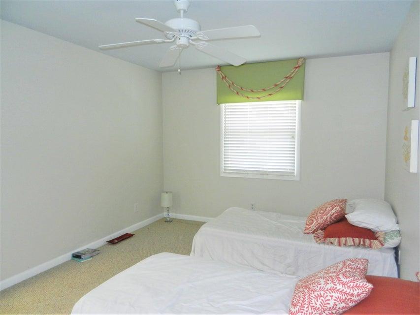 Ocean Isle Beach Island Real Estate - http://cdn.resize.sparkplatform.com/ncr/1024x768/true/20170519192552550068000000-o.jpg