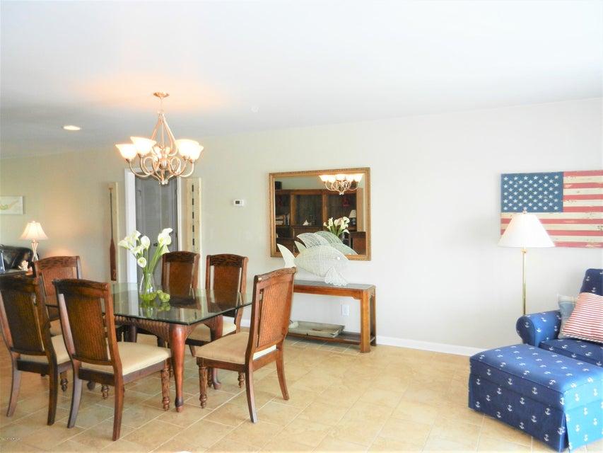 Ocean Isle Beach Island Real Estate - http://cdn.resize.sparkplatform.com/ncr/1024x768/true/20170519192623144470000000-o.jpg