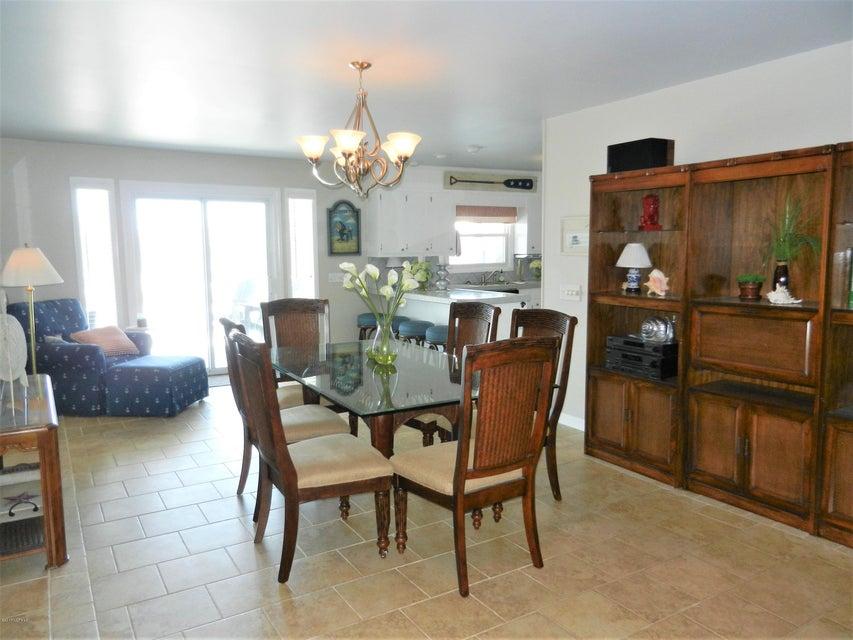 Ocean Isle Beach Island Real Estate - http://cdn.resize.sparkplatform.com/ncr/1024x768/true/20170519192629665709000000-o.jpg