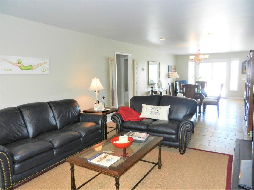 Ocean Isle Beach Island Real Estate - http://cdn.resize.sparkplatform.com/ncr/1024x768/true/20170519192704938523000000-o.jpg