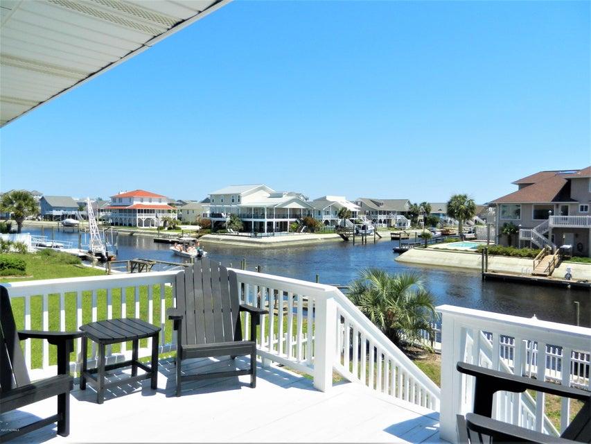 Ocean Isle Beach Island Real Estate - http://cdn.resize.sparkplatform.com/ncr/1024x768/true/20170519192743936618000000-o.jpg