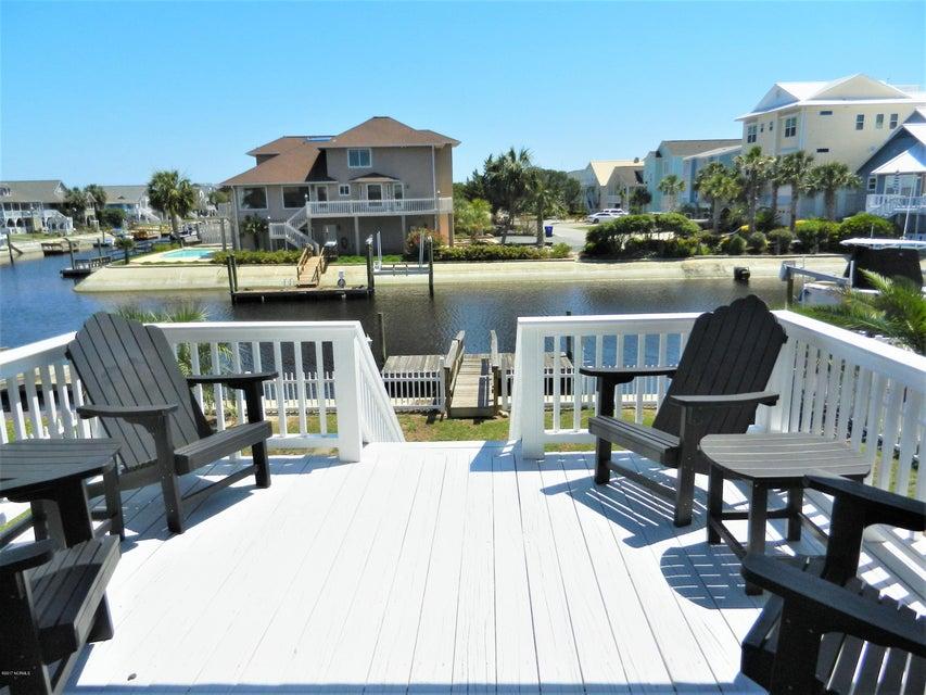 Ocean Isle Beach Island Real Estate - http://cdn.resize.sparkplatform.com/ncr/1024x768/true/20170519192747988881000000-o.jpg