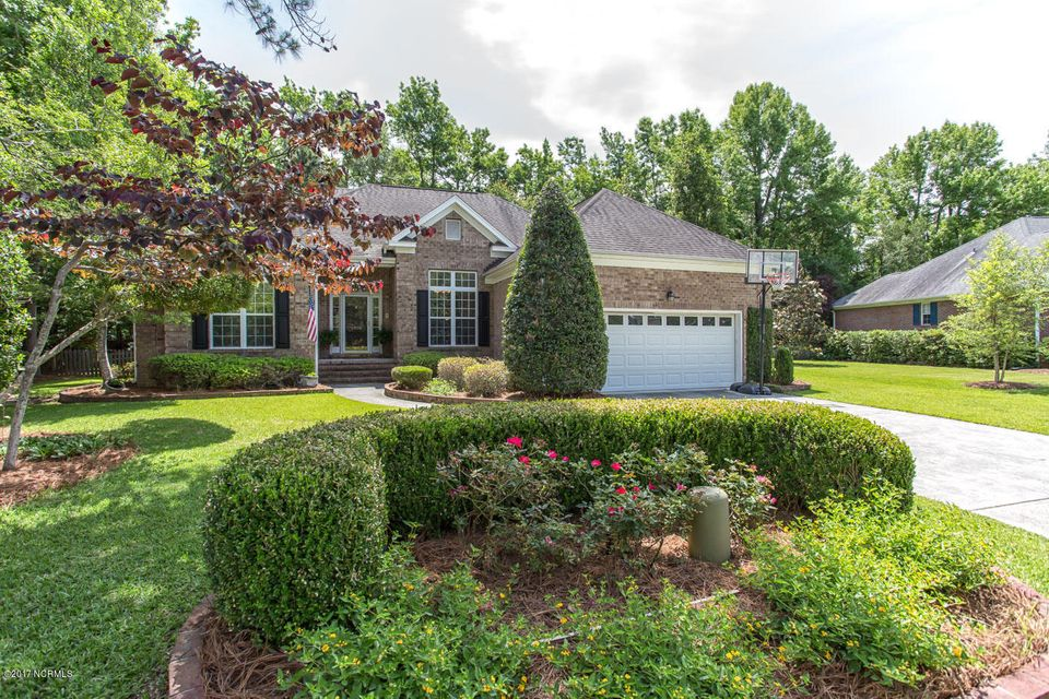 6020 Forest Creek Circle, Wilmington, NC 28403