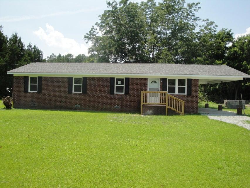 151 Kellumtown Road, Hubert, NC 28539