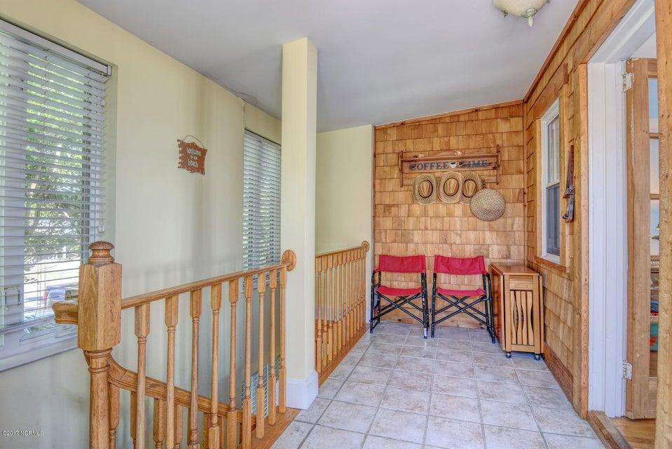 Hanby Beach Real Estate - http://cdn.resize.sparkplatform.com/ncr/1024x768/true/20170523210822273724000000-o.jpg