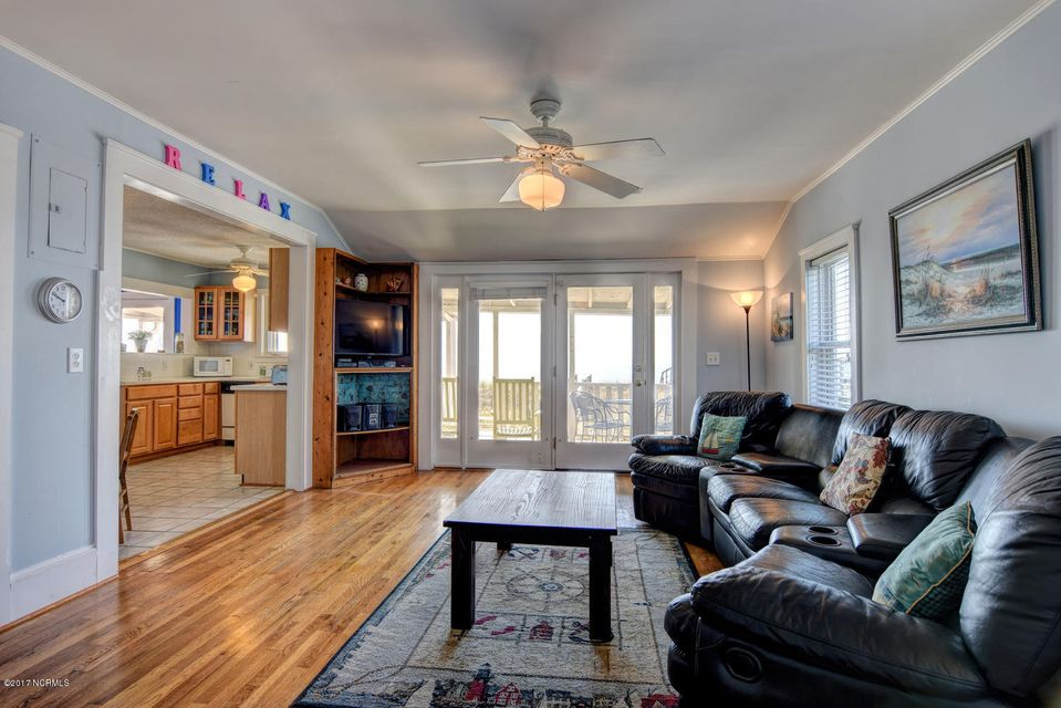Hanby Beach Real Estate - http://cdn.resize.sparkplatform.com/ncr/1024x768/true/20170523210823595348000000-o.jpg