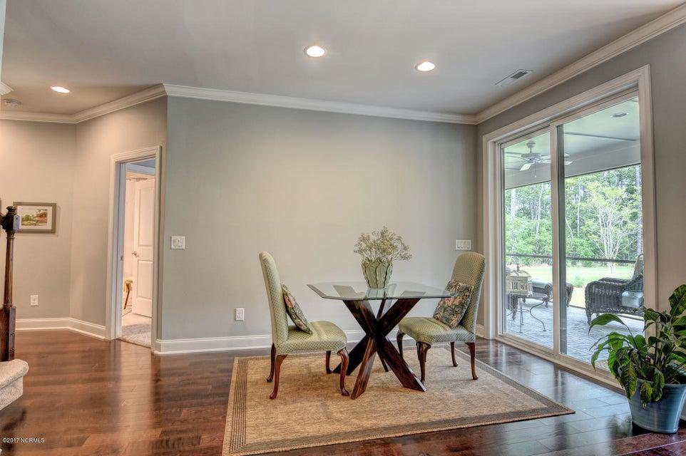Brunswick Forest Real Estate - http://cdn.resize.sparkplatform.com/ncr/1024x768/true/20170524000820048839000000-o.jpg
