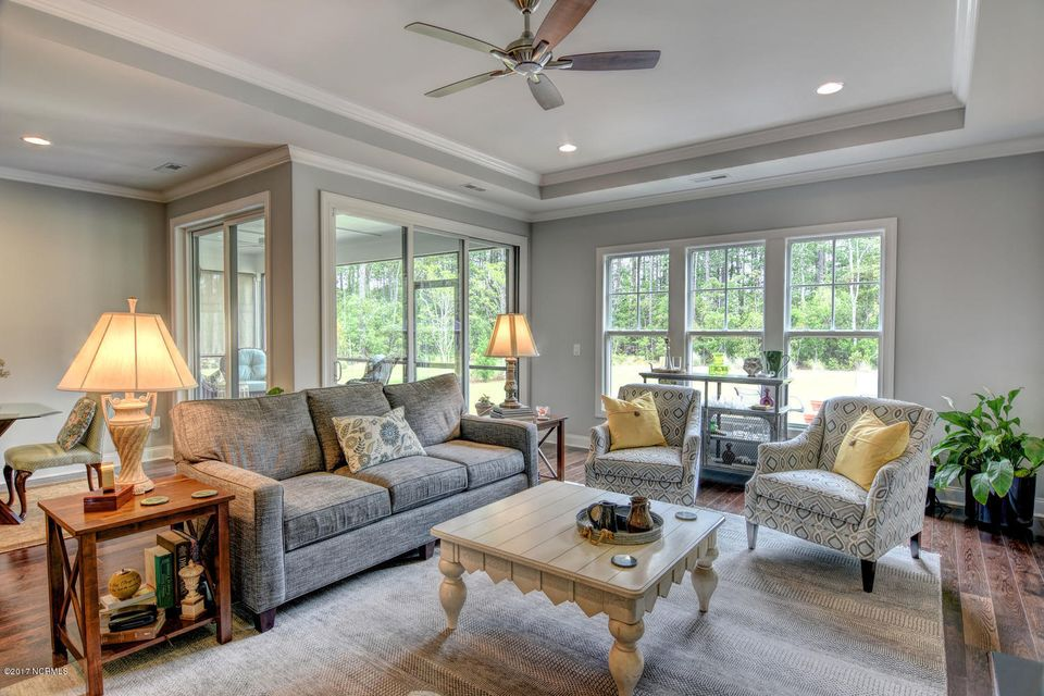Brunswick Forest Real Estate - http://cdn.resize.sparkplatform.com/ncr/1024x768/true/20170524000837344903000000-o.jpg