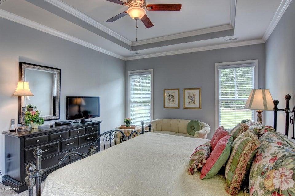 Brunswick Forest Real Estate - http://cdn.resize.sparkplatform.com/ncr/1024x768/true/20170524000840950319000000-o.jpg