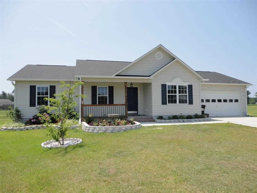 409 S Grazing Court, Sneads Ferry, NC 28460