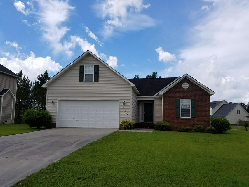 210 Cypress Bay Drive, Jacksonville, NC 28546