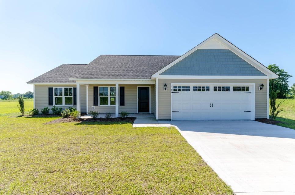 106 Adams Landing Way, Maysville, NC 28555
