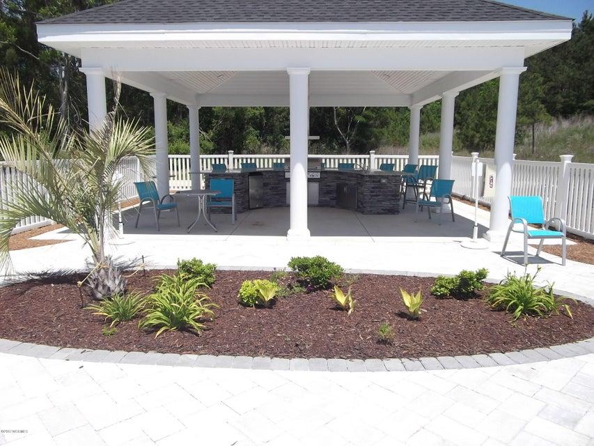 Brunswick Plantation Real Estate - http://cdn.resize.sparkplatform.com/ncr/1024x768/true/20170531195601119355000000-o.jpg