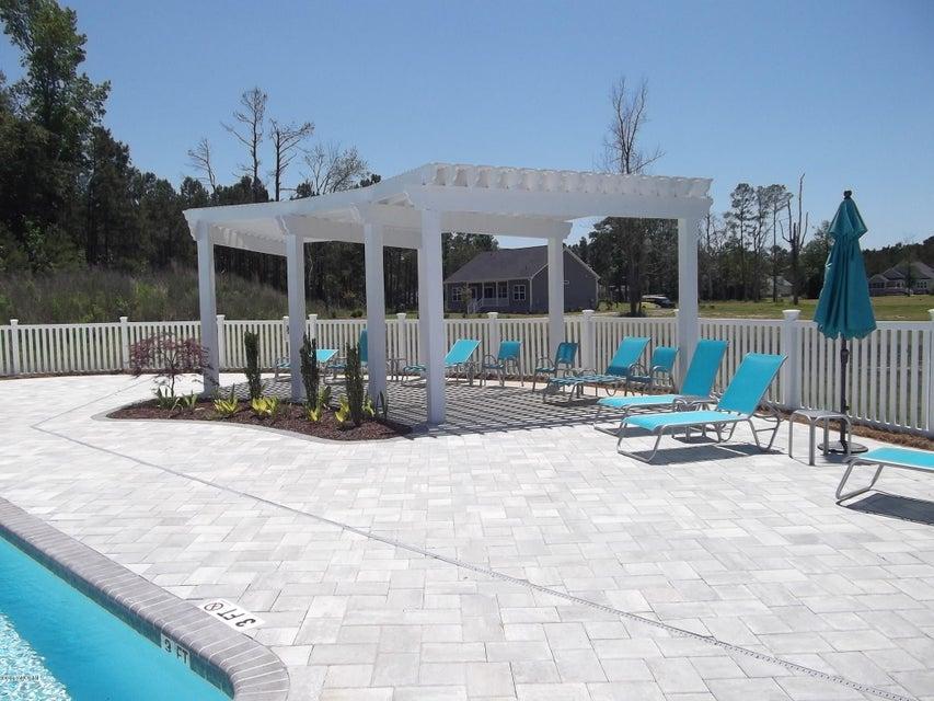 Brunswick Plantation Real Estate - http://cdn.resize.sparkplatform.com/ncr/1024x768/true/20170531195605066816000000-o.jpg